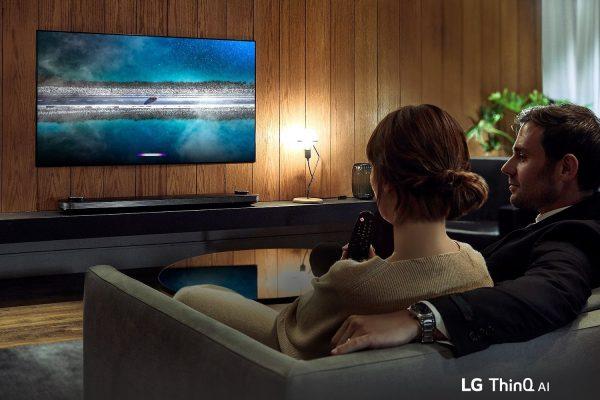 TV-SIGNATURE-OLED-W9-03-AI-Desktop-V2