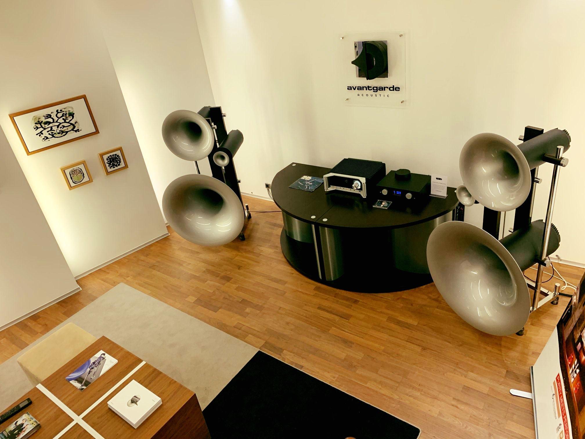 Haben Sie Hornlautsprecher von Avantgarde Acoustic schon einmal live bei uns in …